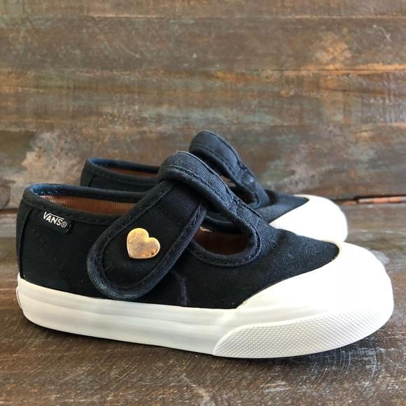 1ef1ee5fa0c50e Vans The Heart Leena Shoes Toddler Size 6.5. M 5b7e456504ef502f56a4f3f7